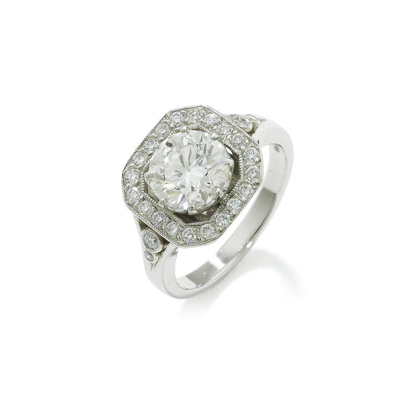 An Art Deco style diamond cluster ring